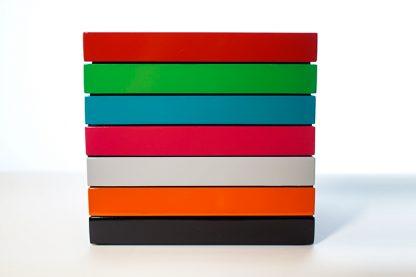 Farbige Tabletts